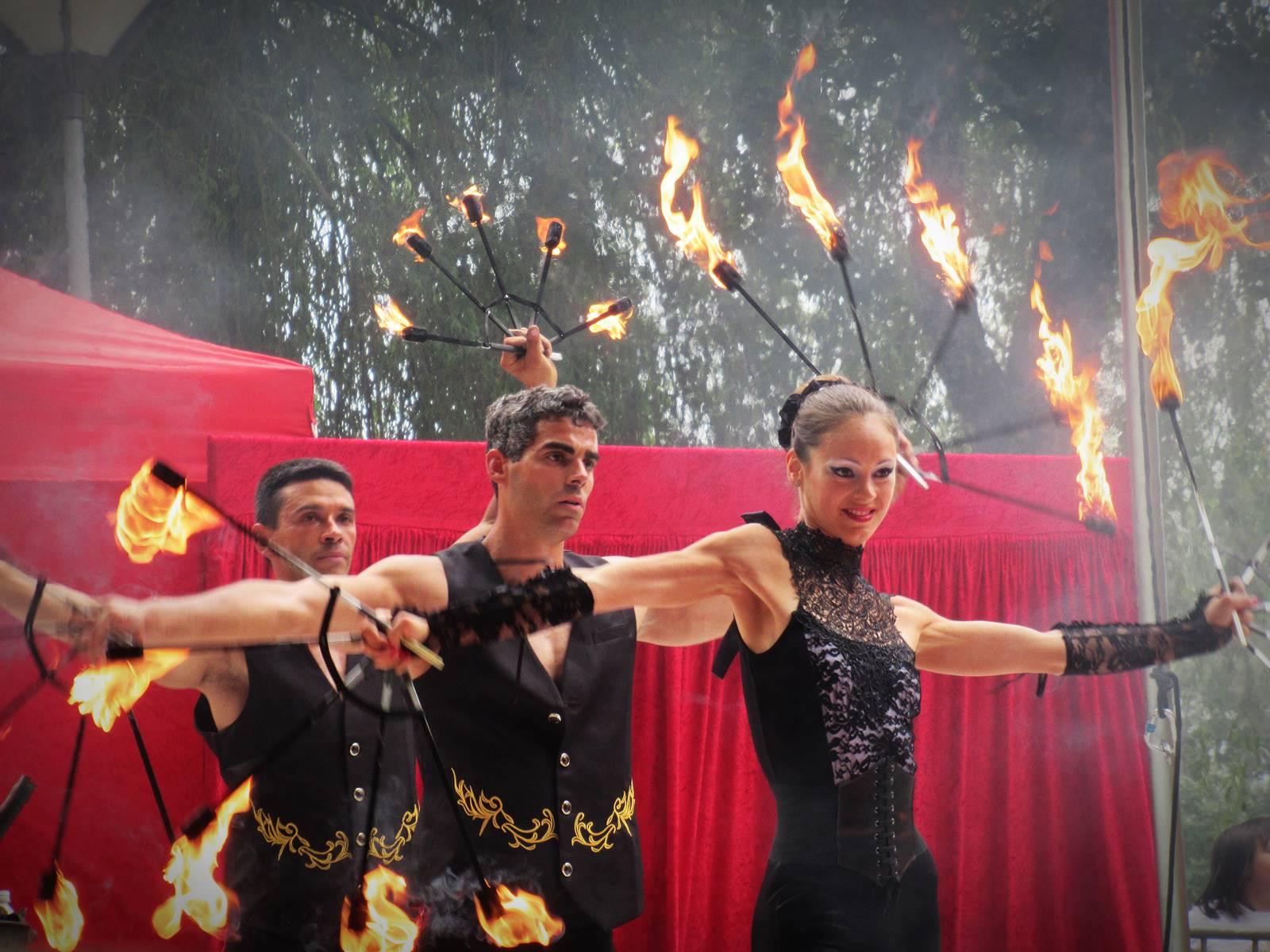 Cabaret circus 1