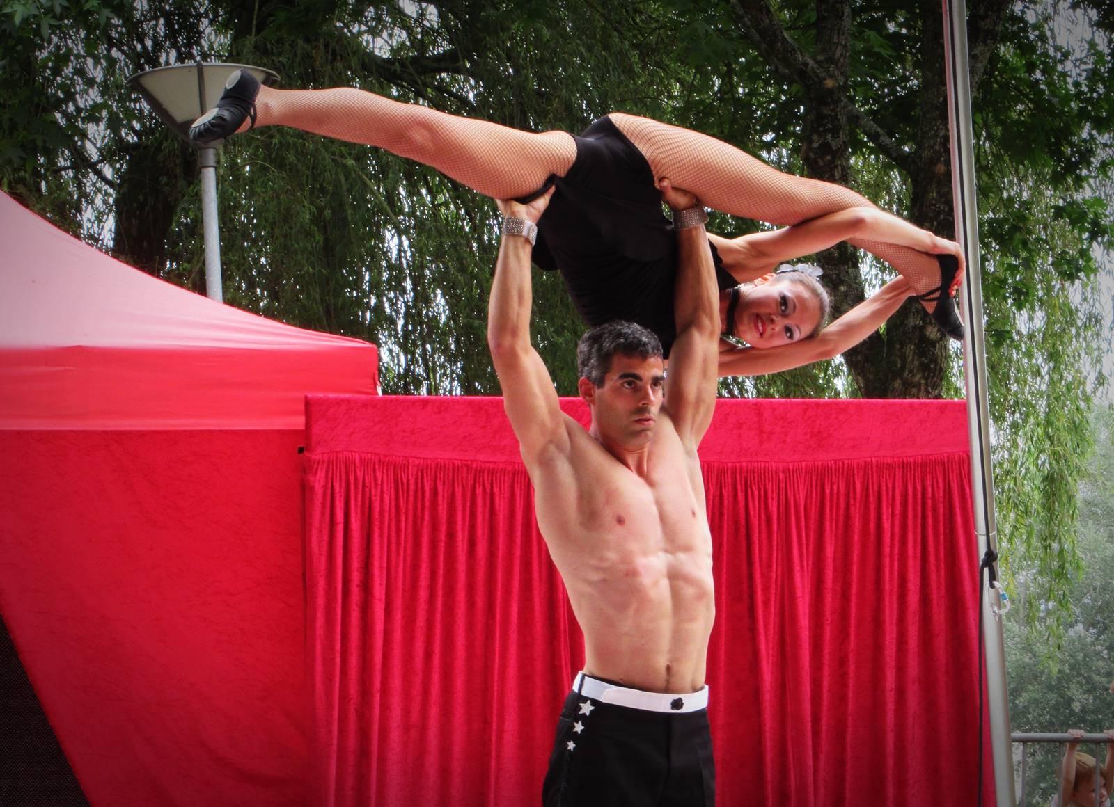 Cabaret circus 11