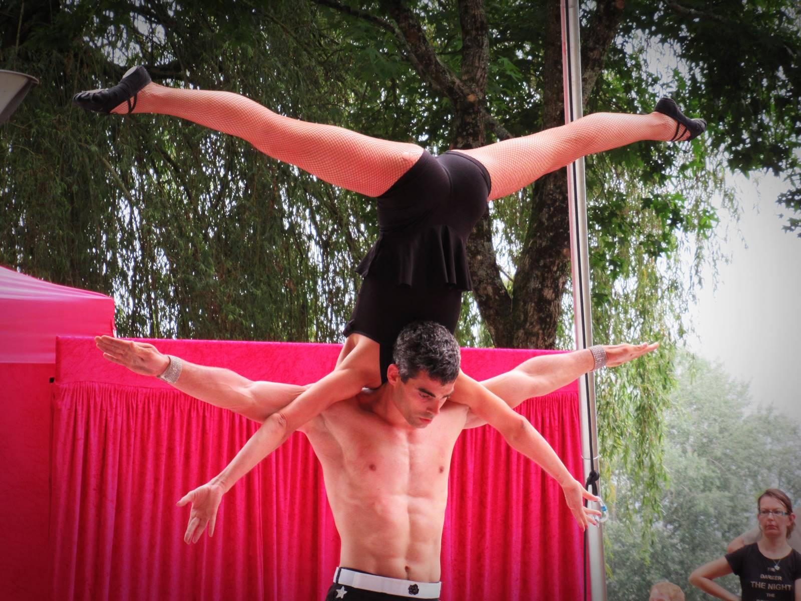Cabaret circus 12