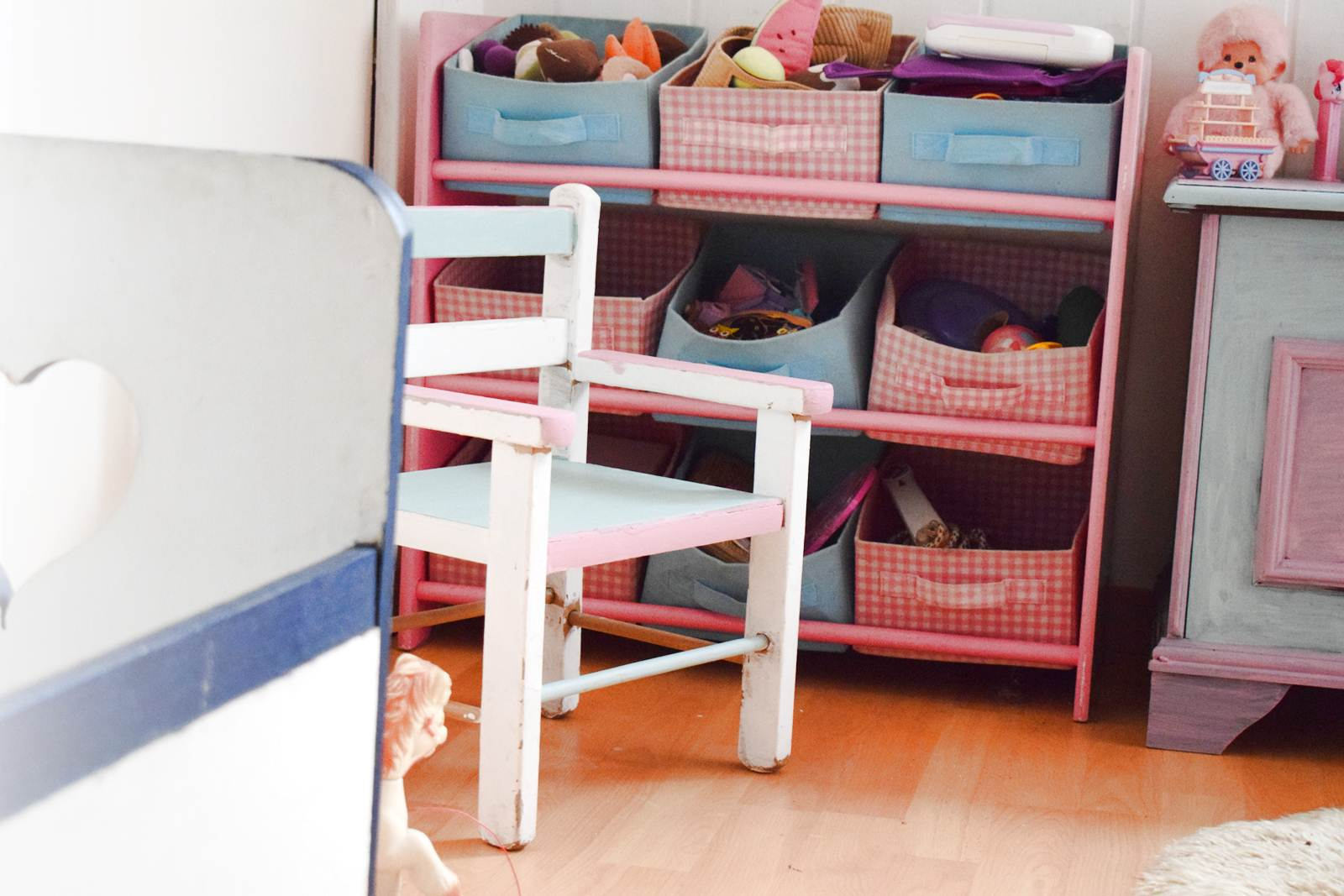 D coration chambre fille couleur pastel 29 argenteuil chambre fille deco london chambre for Couleur chambre fille rose et gris