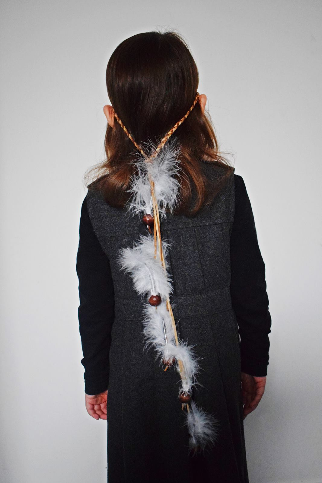 Diy couronne de plumes et de perles our little family le blog 11 bis