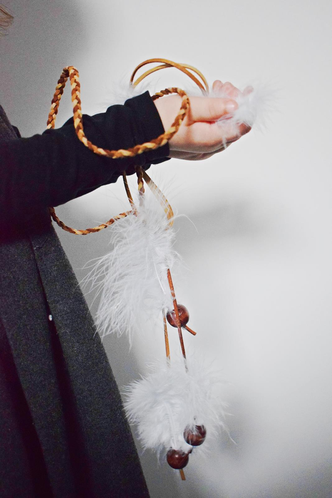 Diy couronne de plumes et de perles our little family le blog 5 bis