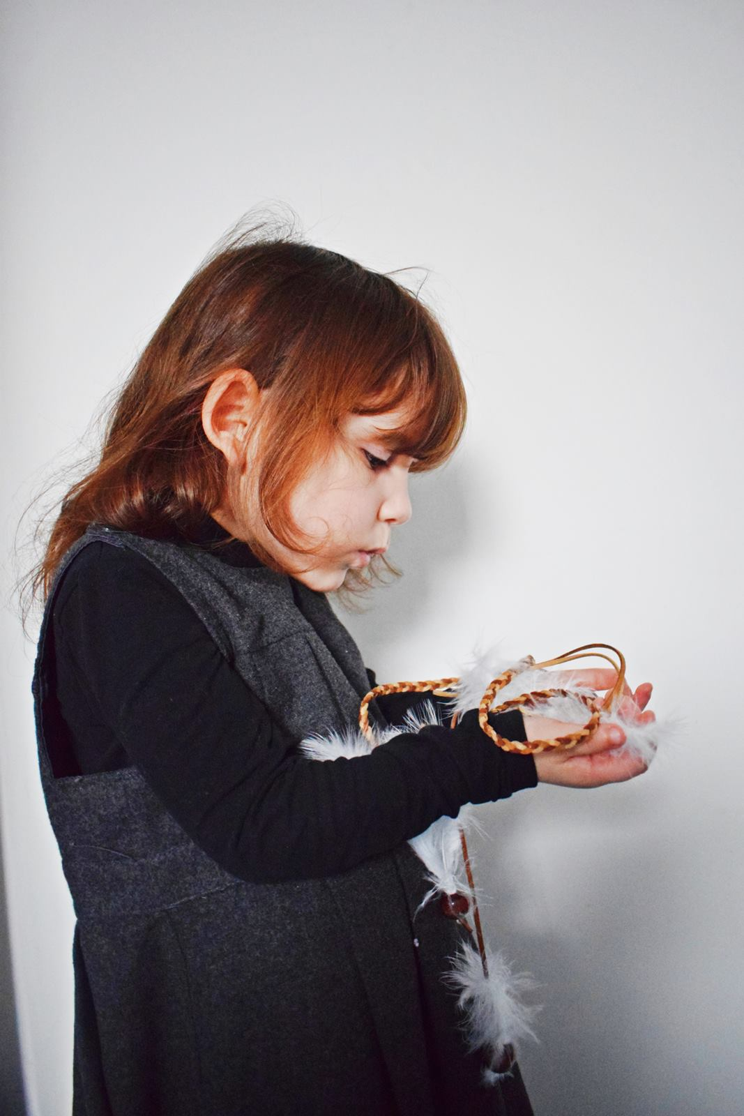Diy couronne de plumes et de perles our little family le blog 6 bis