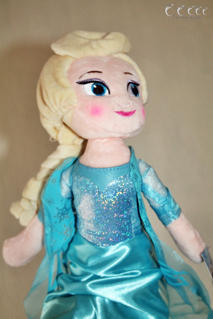 Peluches reine des neiges aliexpress 1