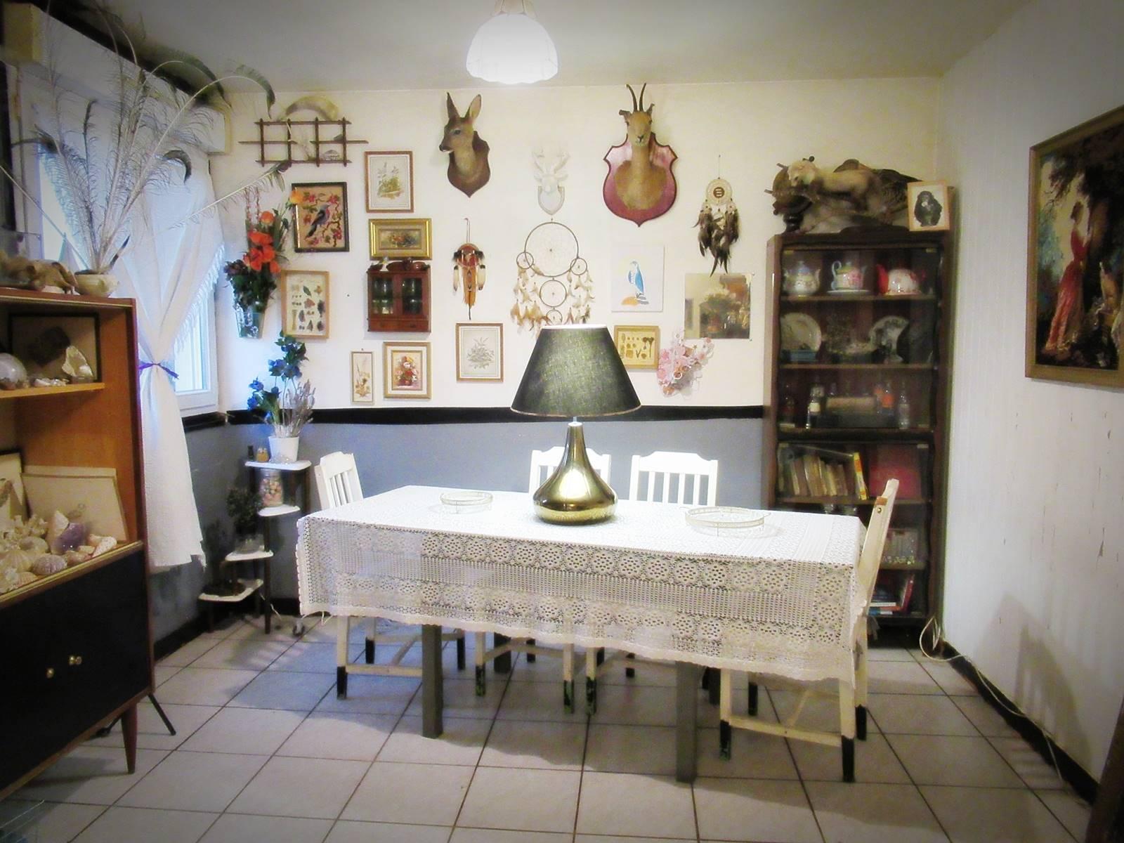 Salon vintage occasion zero dechet cabinet de curiosite