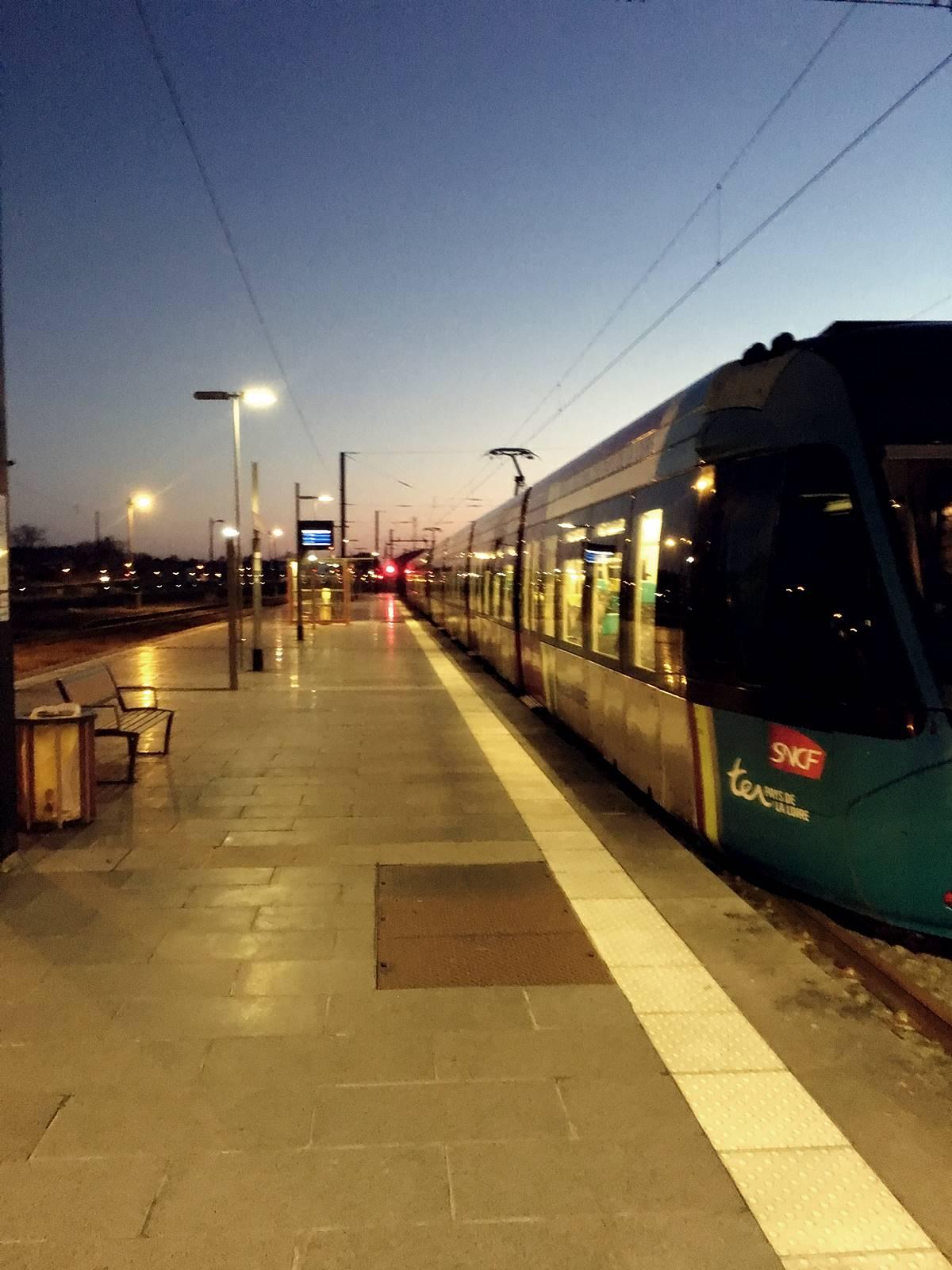 Teste tram train chateaubriant nantes 1