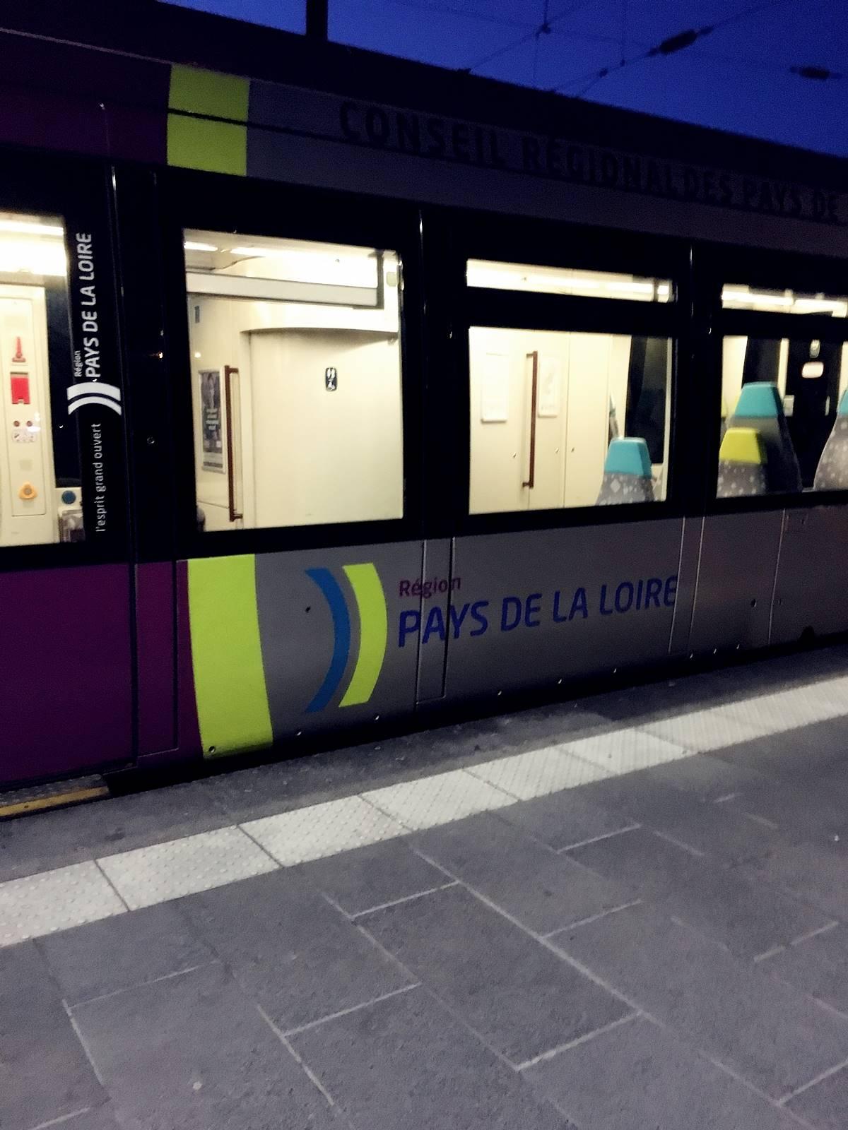 Teste tram train chateaubriant nantes 2