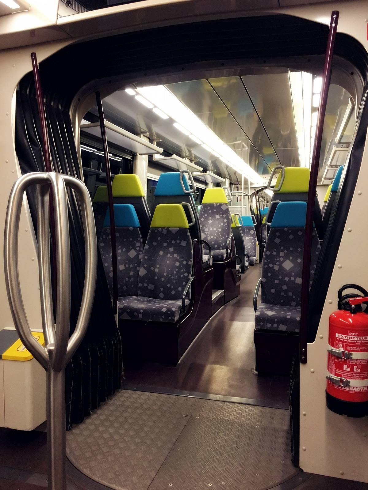 Teste tram train chateaubriant nantes 3