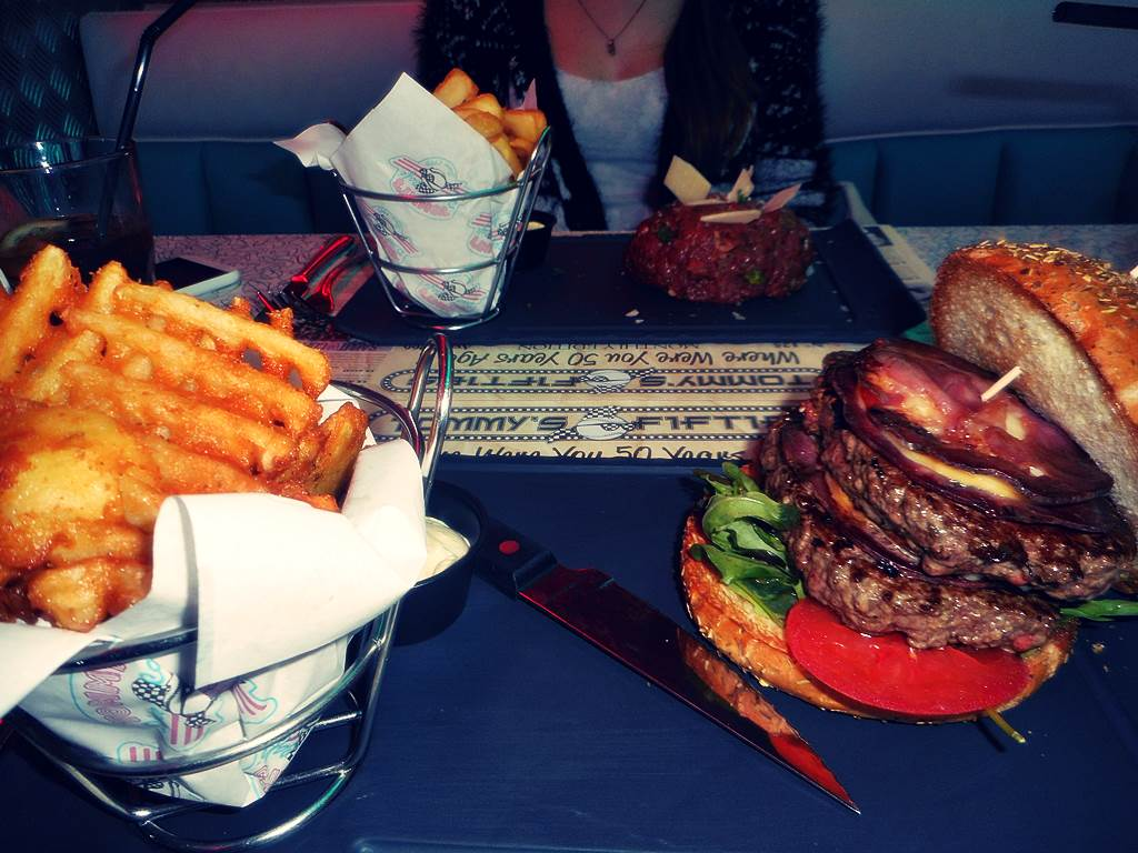 Tommy s diner cafe angers 3