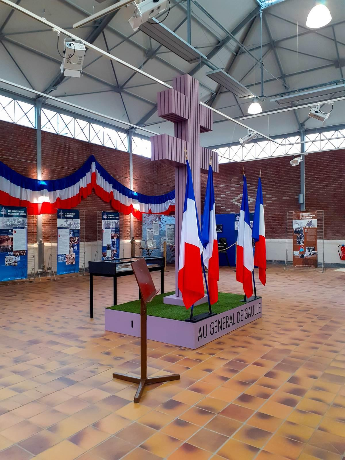 Charles de gaulles exposition chateaubriant001