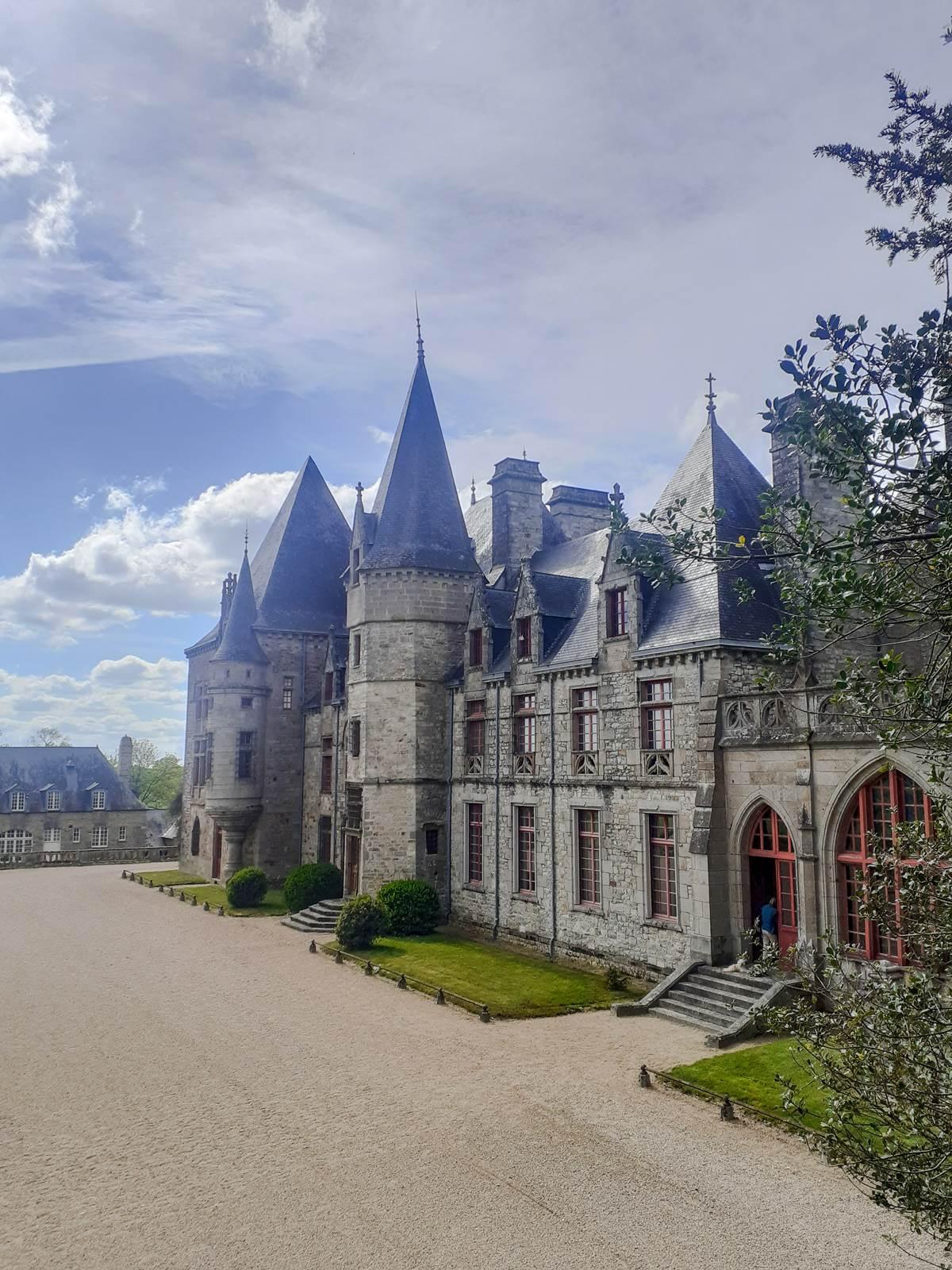 Chateau bois cornille ille et vilaine005