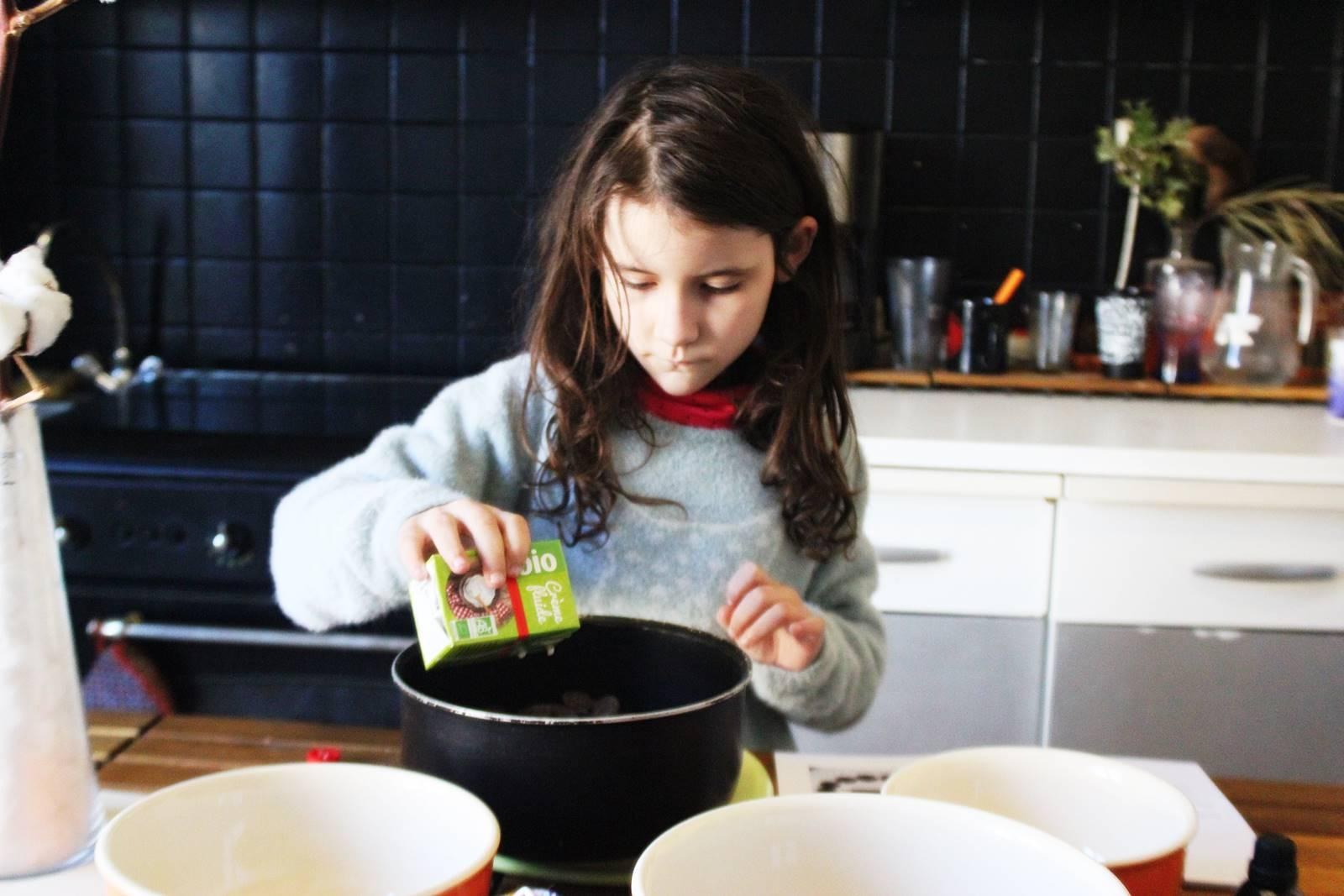 Recette fondant chocolat sans cuisson au speculoos hameaux bioimg 8452